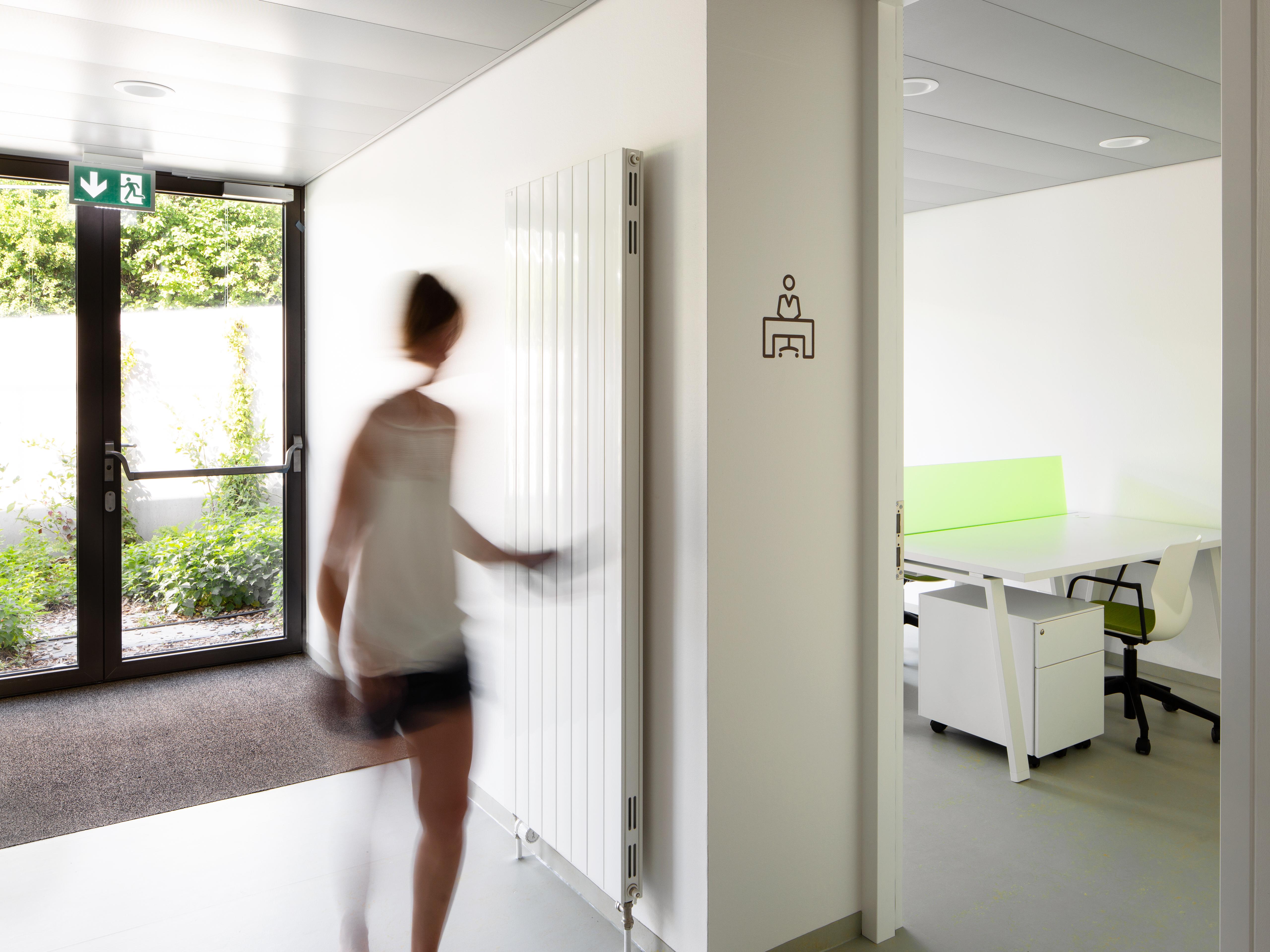 Architecte Cantine – Uapeamp; Lonay Sennwald Designer dhrxsQCtBo